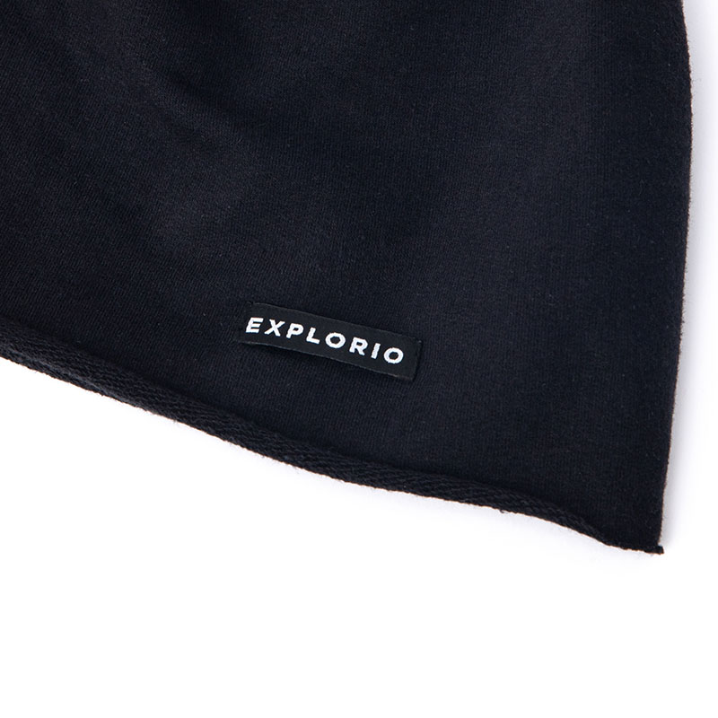 Explorio Beanie Black Close-up