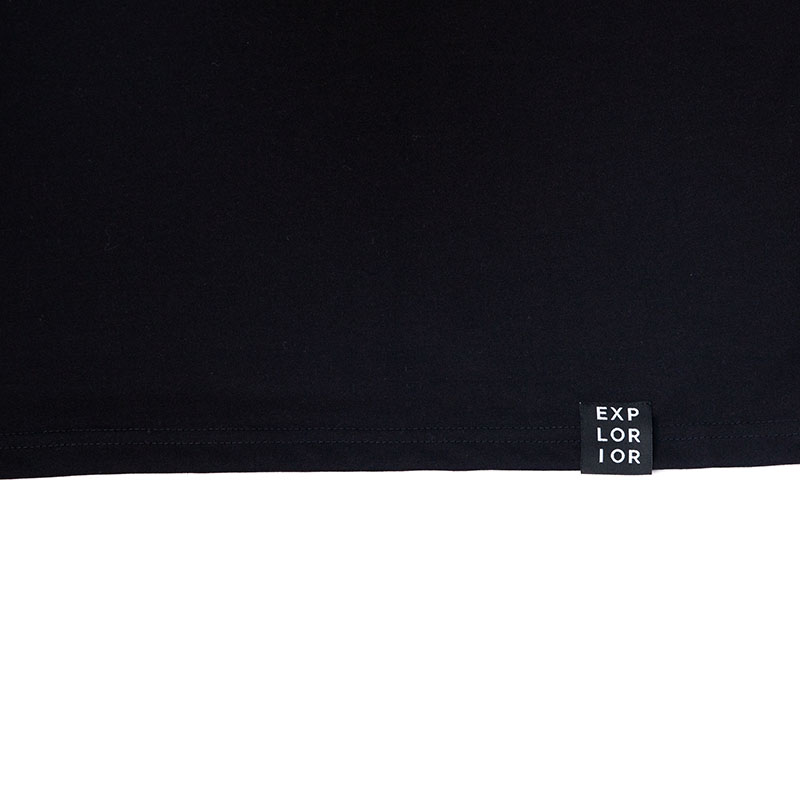 Explorior Minimalist T-Shirt Black Close-up